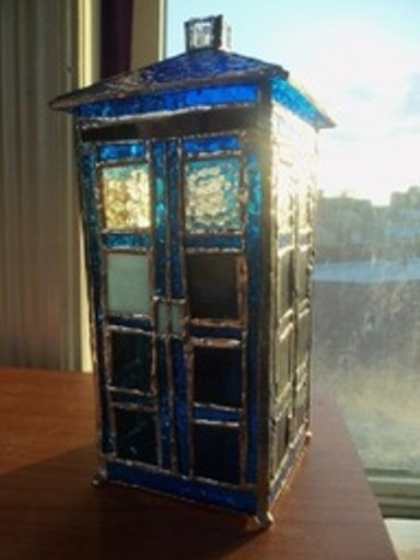 Stain_Glass_TARDIS